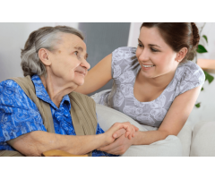 Evlerde ve hastanede bakim hizmeti